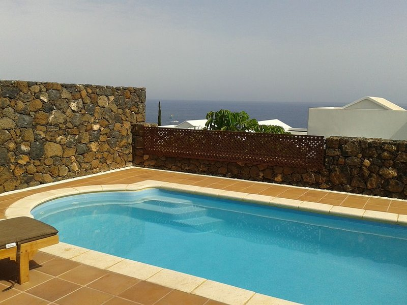 Villa with private heated pool, Old town Puerto Del Carmen, holiday rental in Lanzarote