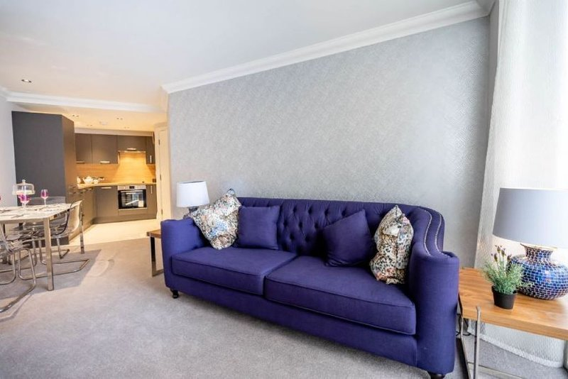 A beautifully renovated apartment offering both comfort and practical living, holiday rental in Towthorpe