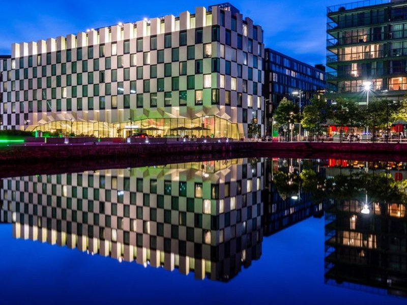 Grand Canal Dock Corporate Apartment, holiday rental in Howth