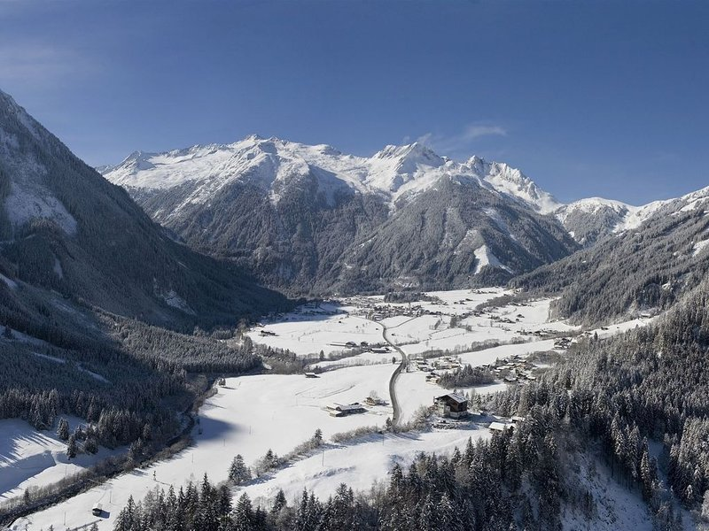 Luxurious Holiday Home in Krimml near Ski Area, vacation rental in Gerlos