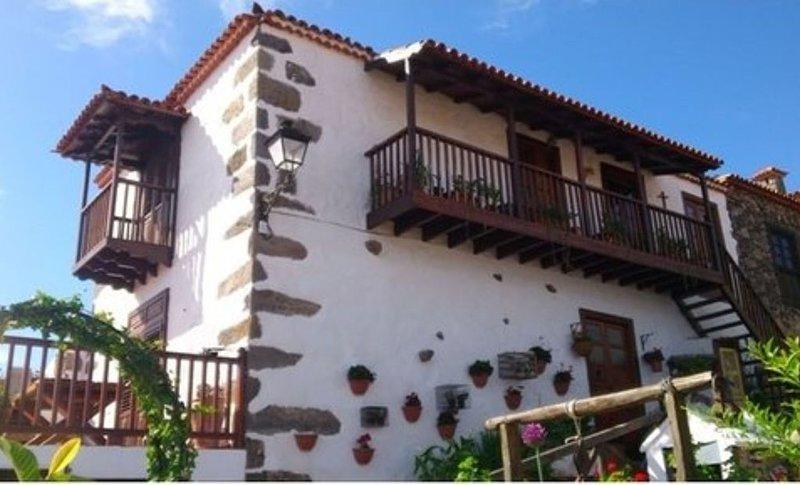 Fantástica casa rural CASA RURAL EL GRANERO, vacation rental in Tijoco Bajo