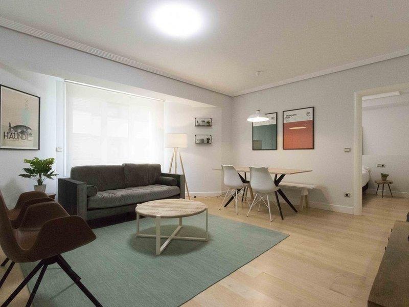 Versalles | The Rentals Collection, holiday rental in San Sebastian - Donostia