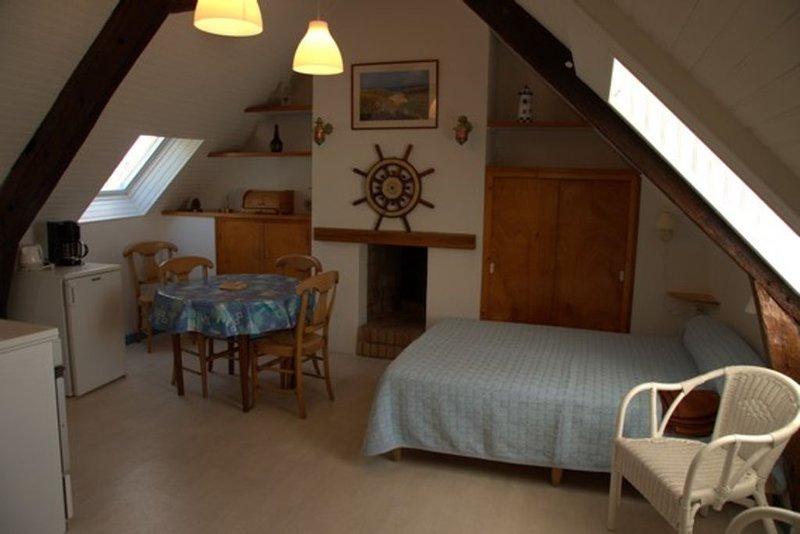 Studio sur le port de Sauzon, location de vacances à Belle-Ile-en-Mer