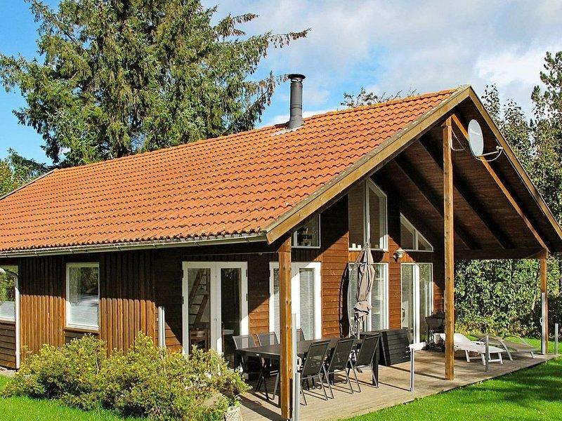 Restful Holiday Home in Stege near Sea, location de vacances à Bogoe