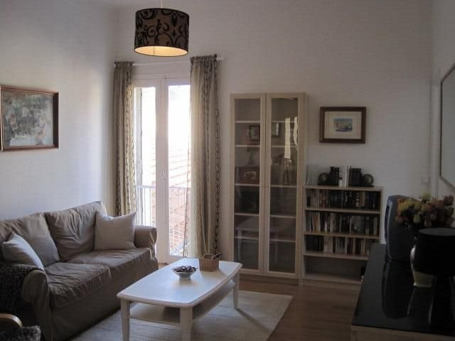 Apartment Cannes Suquet (Old town), holiday rental in Cannes