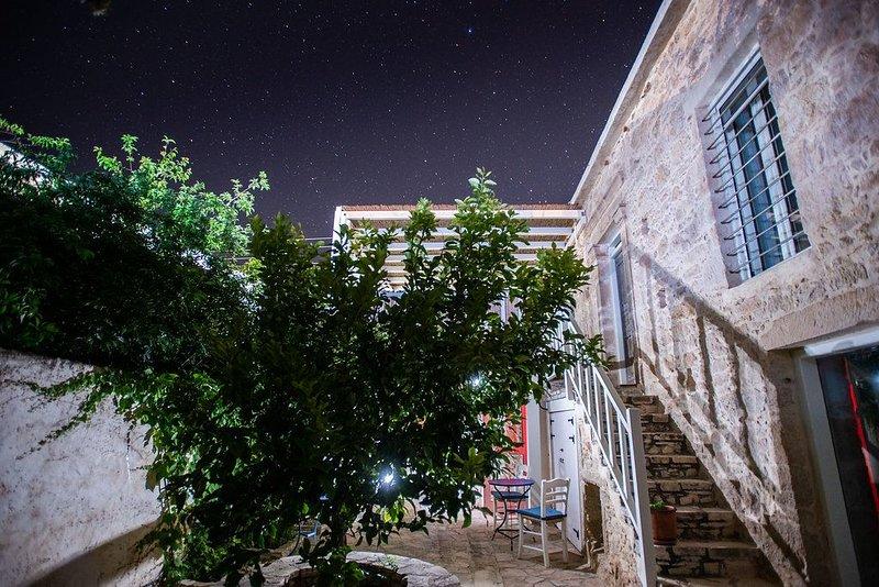 1936 Stone apartment Sivas Crete Chelidoni II (ΑΜΑ) ***********, Ferienwohnung in Mires