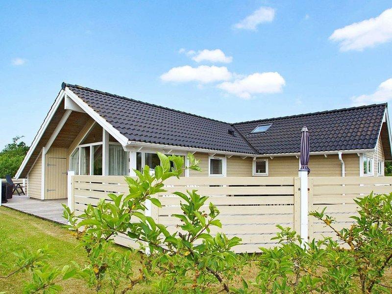 Splendid Holiday Home in Hemmet with Sauna, Ferienwohnung in Noerre Nebel