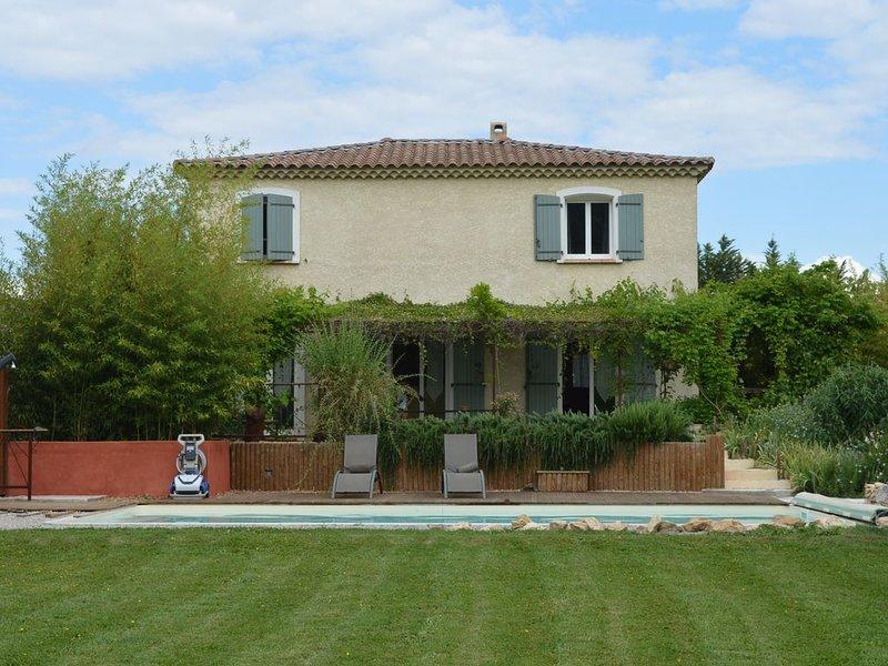 Au cœur des cigales et des vignobles, holiday rental in Saint-Laurent-des-Arbre