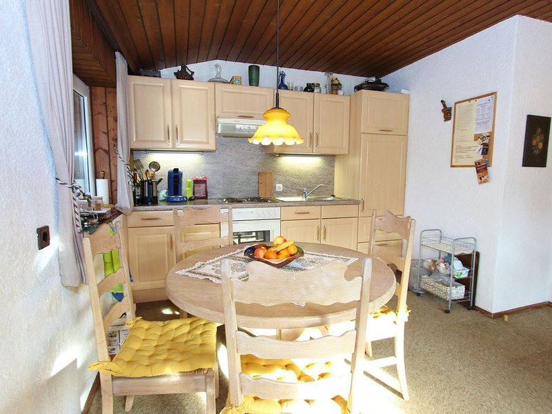 Comfy Chalet in Niedernsill with Fireplace, holiday rental in Uttendorf