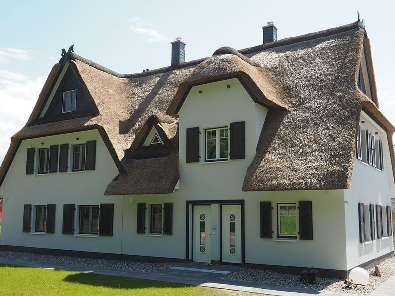 Fairy tale holiday home in Rerik with terrace and garden, vacation rental in Rerik