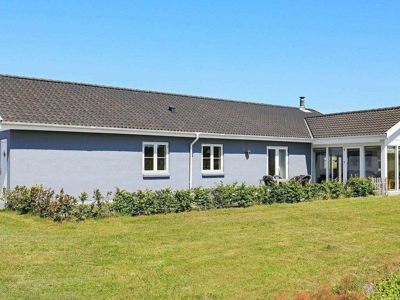 Spacious Holiday Home in Skals with Private Whirlpool, aluguéis de temporada em Hoejslev