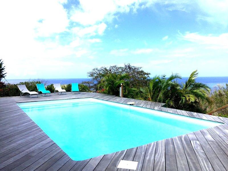 Villa vue mer avec piscine au sel, holiday rental in Mahaut