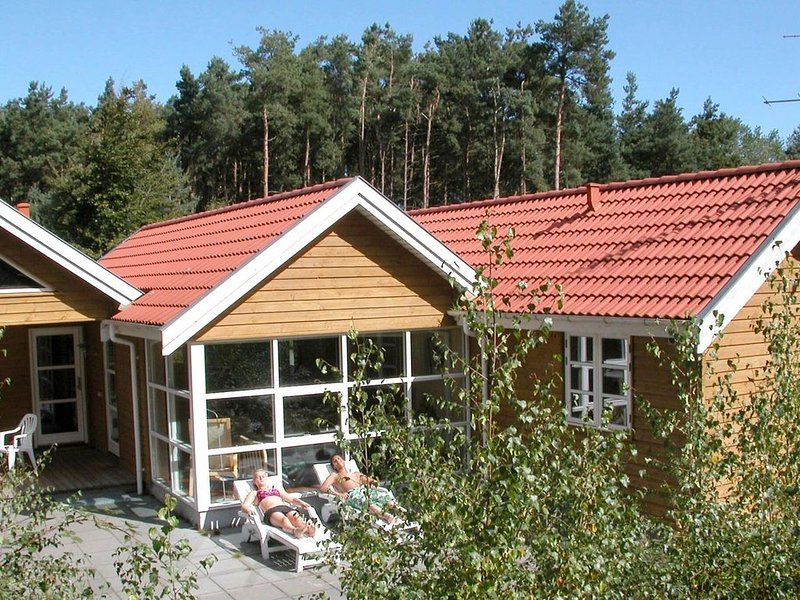 Lovely Cottage in Aakirkeby with Sauna, vacation rental in Roenne