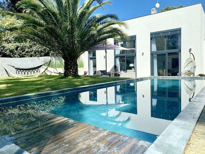 Villa près de la plage - Piscine chauffée - vivez à pied, vacation rental in Capbreton