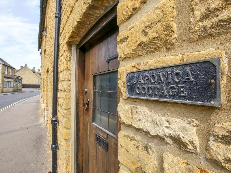 Japonica Cottage, BOURTON-ON-THE-WATER, casa vacanza a The Slaughters
