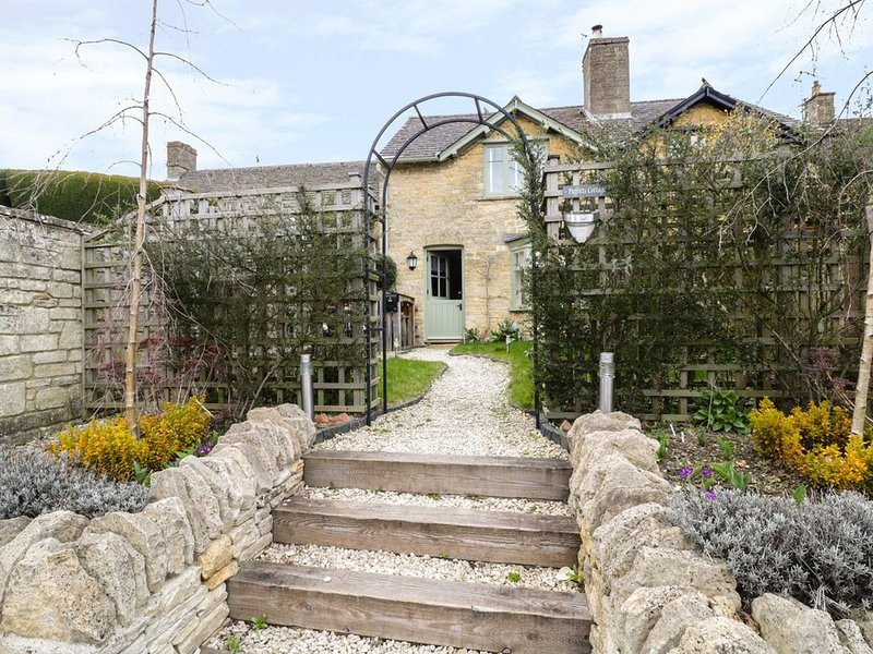 Puffitts Cottage, BOURTON-ON-THE-WATER, casa vacanza a The Slaughters