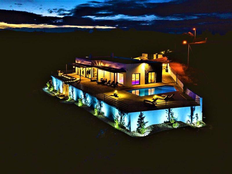 LARA'S VILLA paradise with breathtaking sea view, holiday rental in Tavira