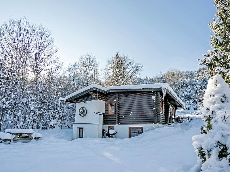 Luxurious Chalet in Wörgl-Boden near Ski Area, vacation rental in Bad Häring