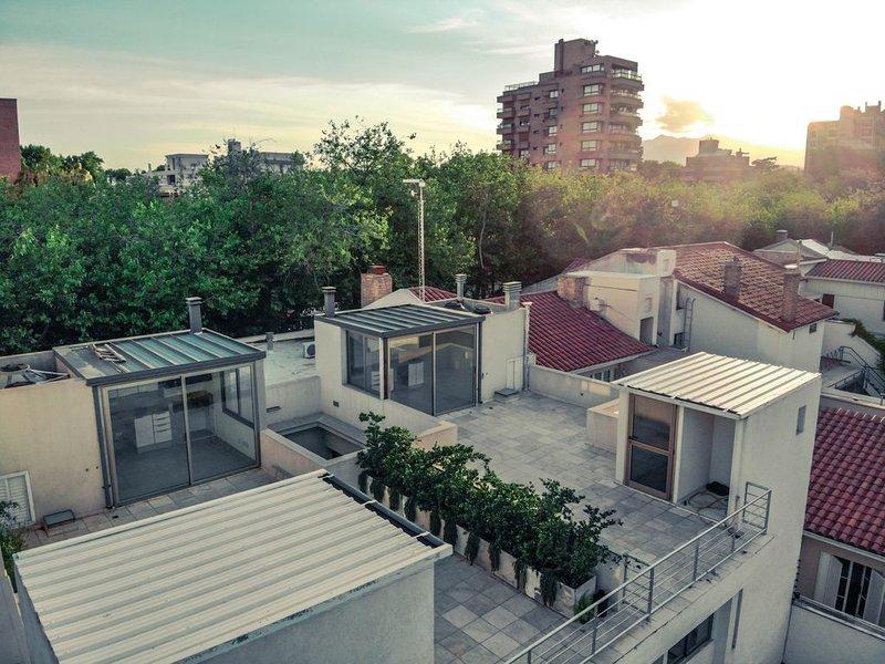 Departamento Completo Exclusivo - Avenida Emilio Civit 157, holiday rental in Las Heras