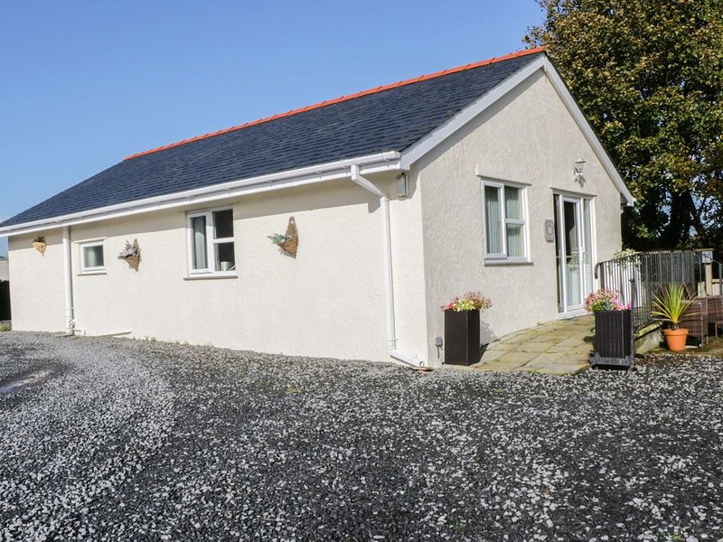 Rhosydd Cottage, BRYNTEG, holiday rental in Brynteg