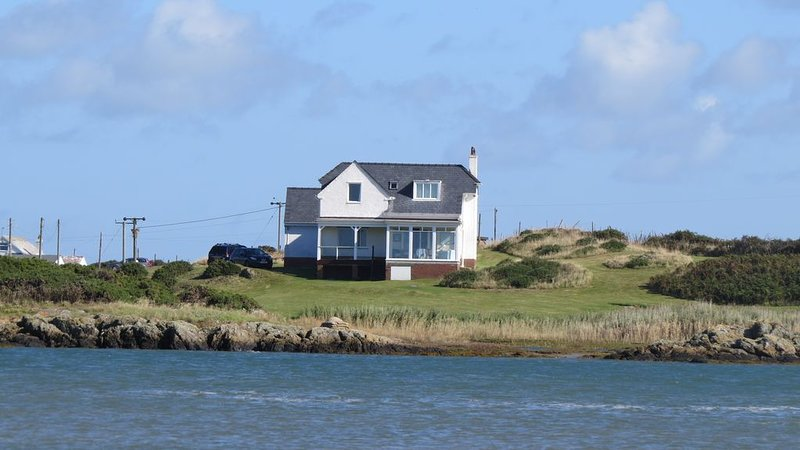 Secluded Beach House, location de vacances à Rhoscolyn