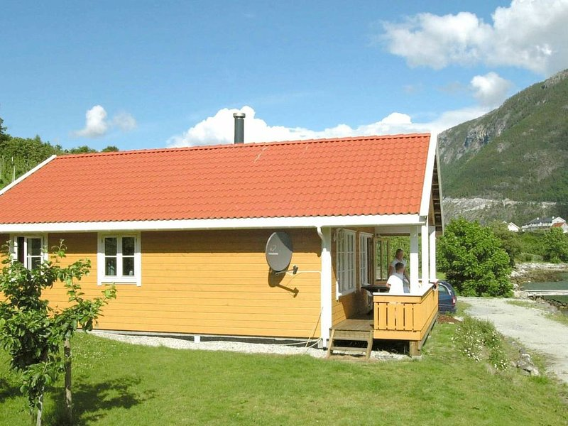 4 star holiday home in SLINDE, vacation rental in Sogndal Municipality