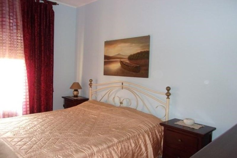 Appartamento Flora  panoramicissimo con vista sullo stretto di Messina, vakantiewoning in Villa San Giovanni