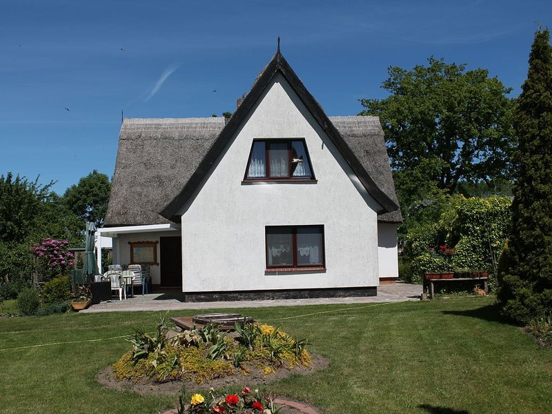 Cosy Apartment in Pepelow near Baltic Sea, holiday rental in Neubukow