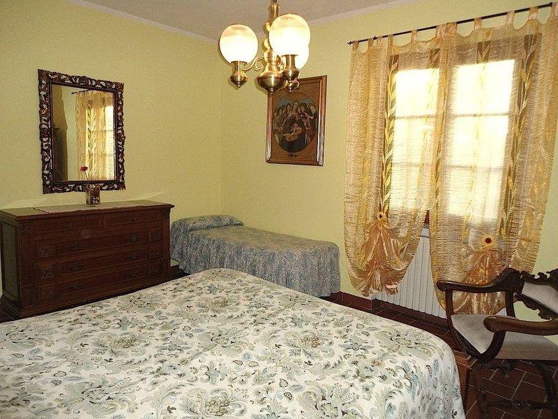 Appartamento 'L`Alloro' in Agriturismo Bramasole, 110mq, fino a 9 persone, vacation rental in Santa Croce Sull'Arno