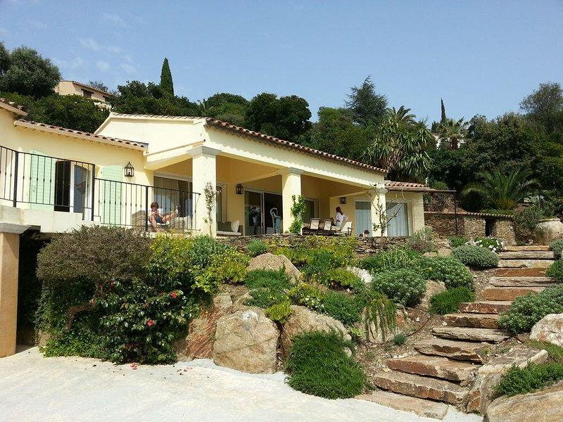 Luxe villa, high standard, Côte d'Azur met zwembad en super uitzicht op zee, location de vacances à La Croix Valmer