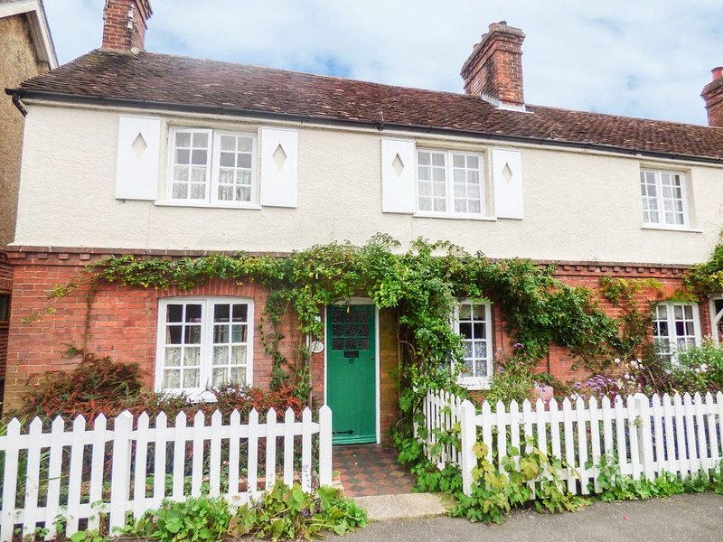 Rose Cottage, HORSHAM, vacation rental in Mannings Heath