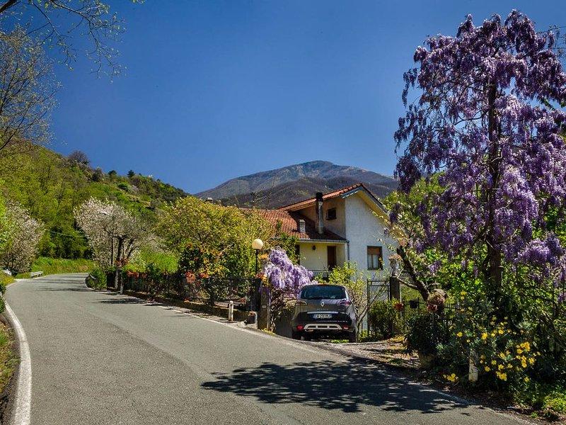 Im Hinterland von Chiavari: Casa Marvi, idyllisch &  ruhig, 10 km zum Meer, vakantiewoning in Mezzanego