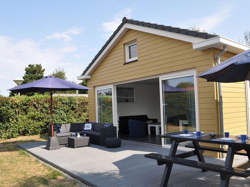 Bright Holiday Home in Noordwijk near Sea, casa vacanza a Noordwijk
