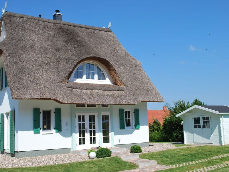 Thatched Holiday Home in Rerik with Terrace, casa vacanza a Rerik