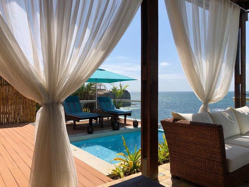 Acogedora casa frente al mar, Punta Blanca, aluguéis de temporada em Santa Elena