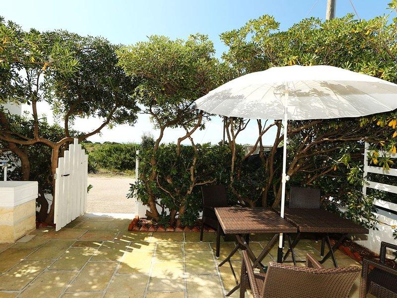 Appartamenti fronte mare Baia di Punta Prosciutto_A CASA DI TERESA, casa vacanza a Padula Fede