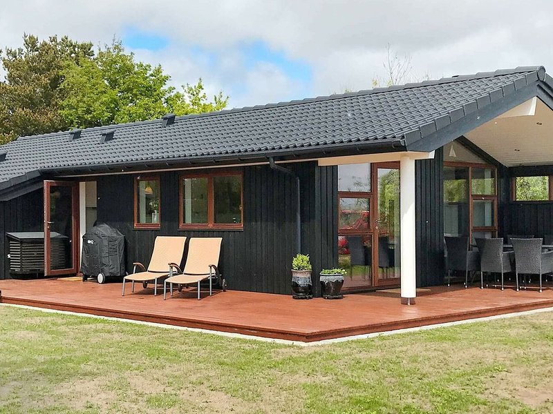 Serene Holiday home in Rømø with Terrace, location de vacances à Toender