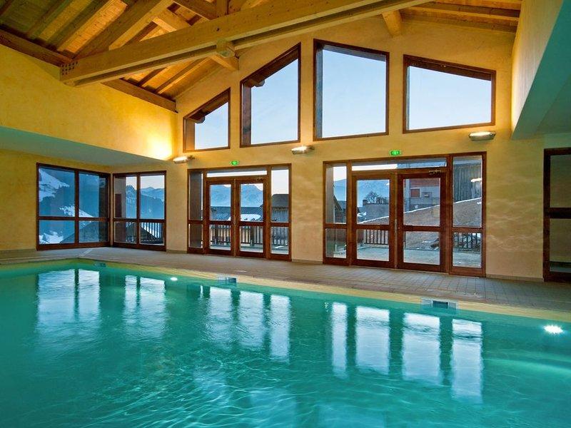 Appartement abordable à 500m du télésiège du Chozal | Accès Piscine + Sauna, location de vacances à Hauteluce