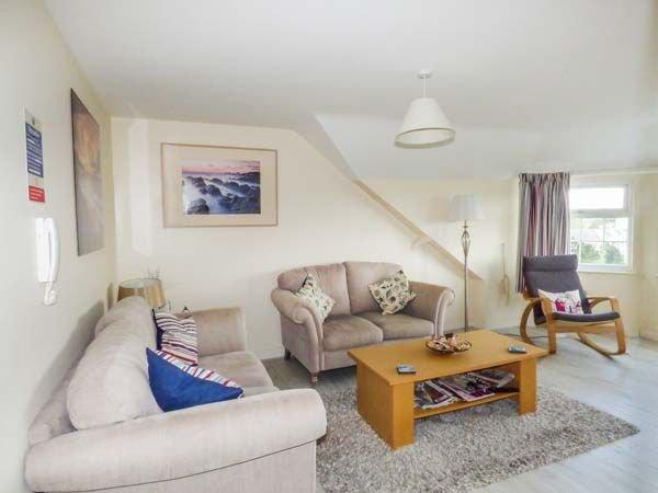 Flat 11, TREARDDUR BAY, vacation rental in Holyhead