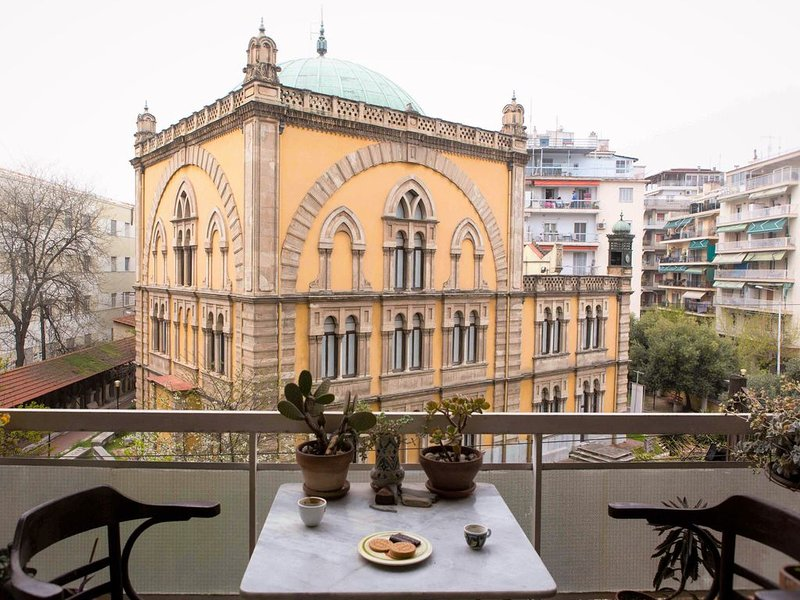 Elegant flat with lovely view, holiday rental in Triandria