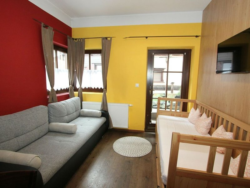 Cozy Apartment in Längenfeld With Sauna, holiday rental in Plangeross