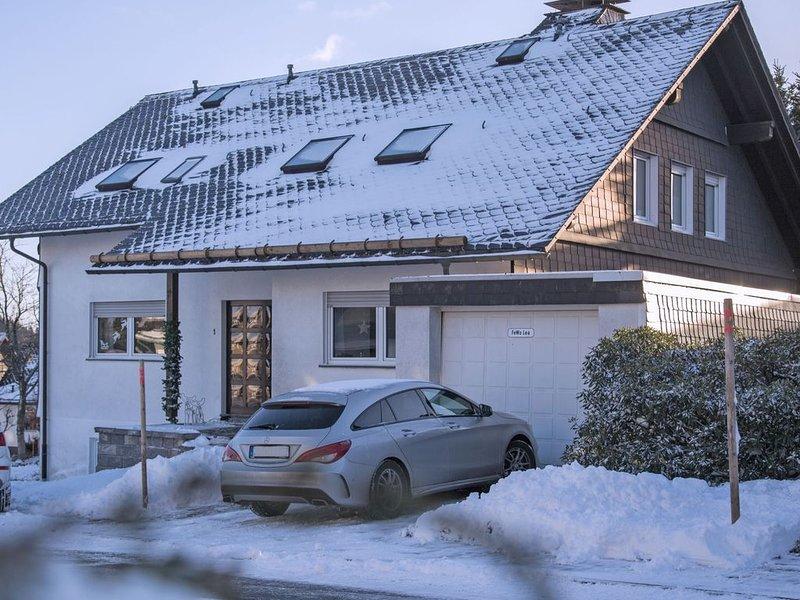 Large Apartment in Winterberg Germany Near Ski Lift, holiday rental in Langewiese