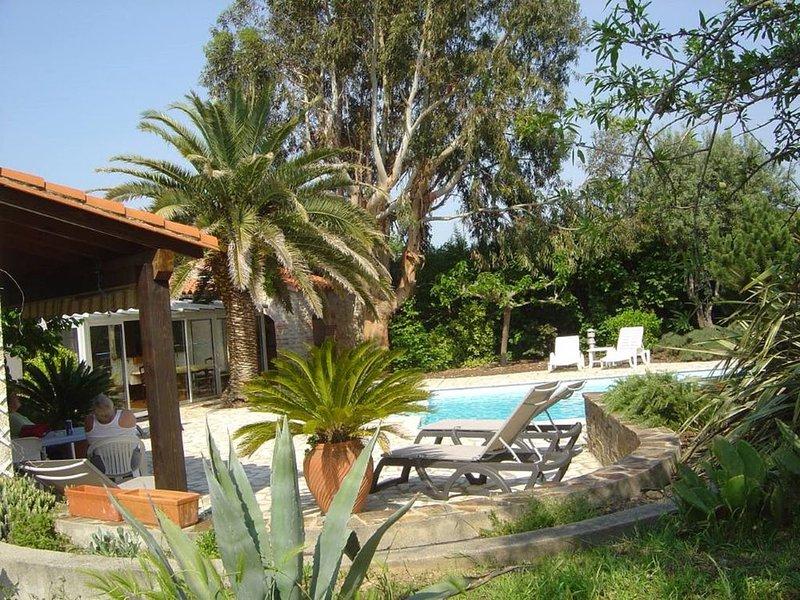 Maison avec piscine au milieu des vignes entre mer et montagne, holiday rental in Le Boulou