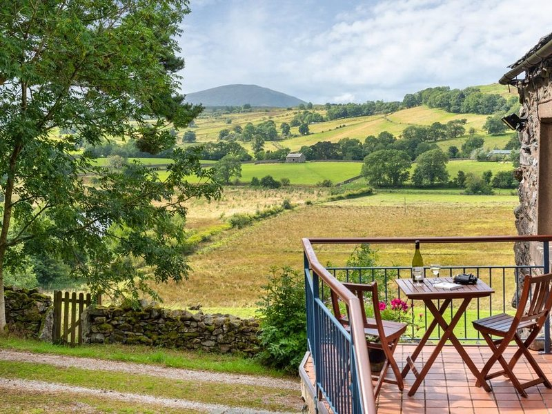 Greenbarn is a peaceful retreat with fantastic views in Matterdale, Ullswater., holiday rental in Dockray