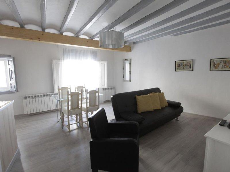 Auténtica casa con más de 200 años con todas las comodidas del siglo XXI., casa vacanza a Munebrega