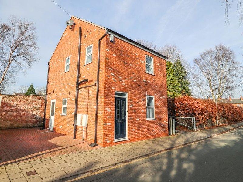 Canal View Cottage, CHESTER, location de vacances à Bridge Trafford