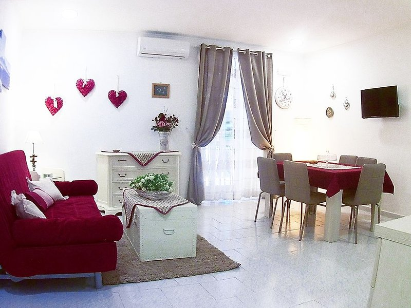 Appartamento nel cuore dei Quartieri Spagnoli, adiacente Via Toledo., alquiler vacacional en Pompeya