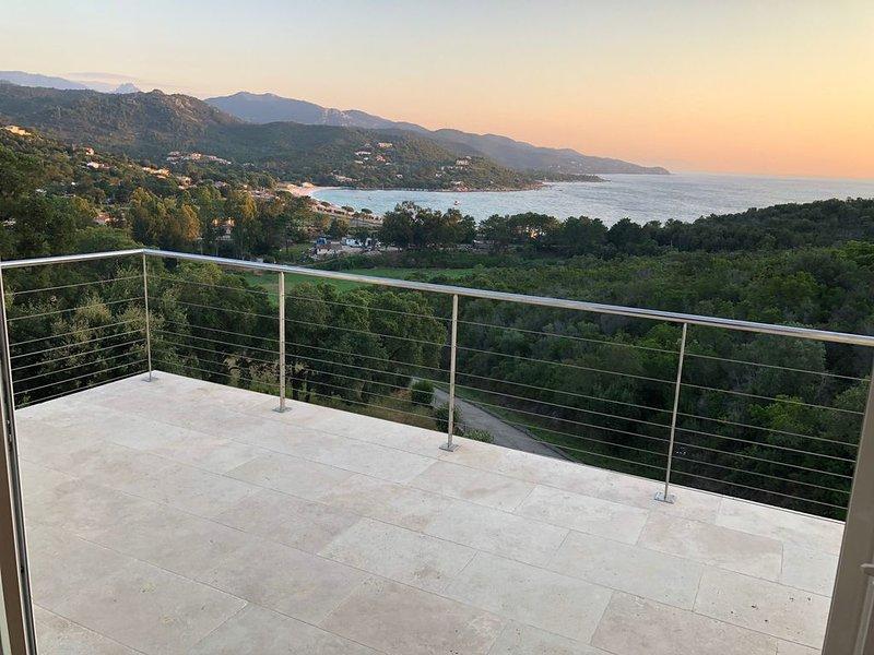 Meravigliosa terrazza sul mare della Corsica, vacation rental in Favone