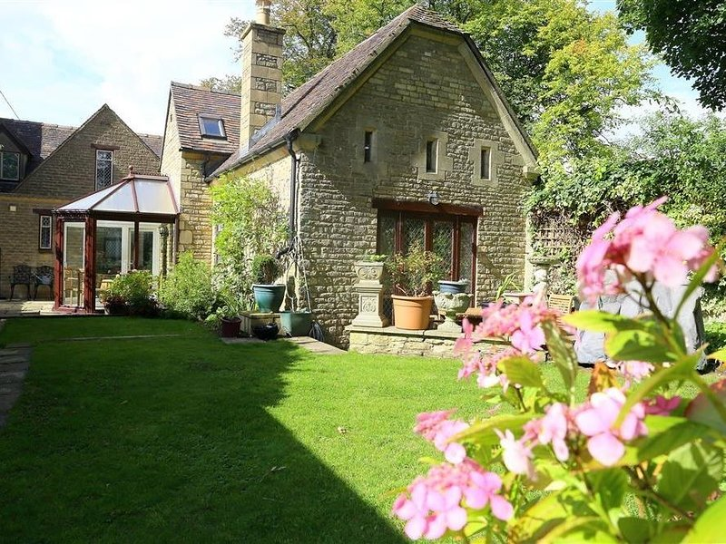 Anvil Cottage, CHIPPING NORTON, holiday rental in Chipping Norton