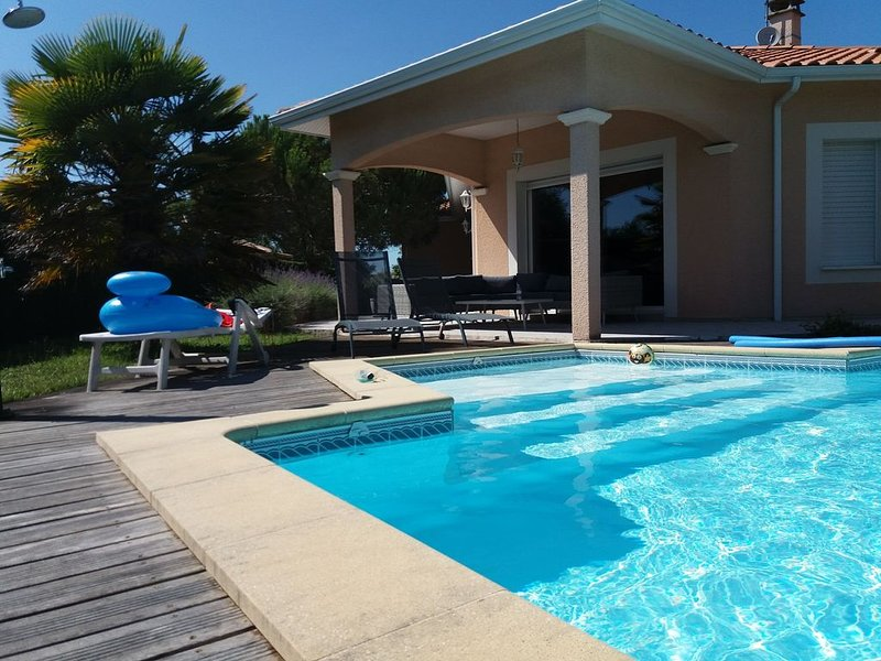 Grande villa classée 4* avec Piscine sur le Bassin d'Arcachon, location de vacances à La Teste-de-Buch
